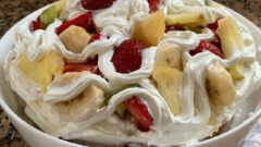 Pratik Meyveli Pasta Tarifi